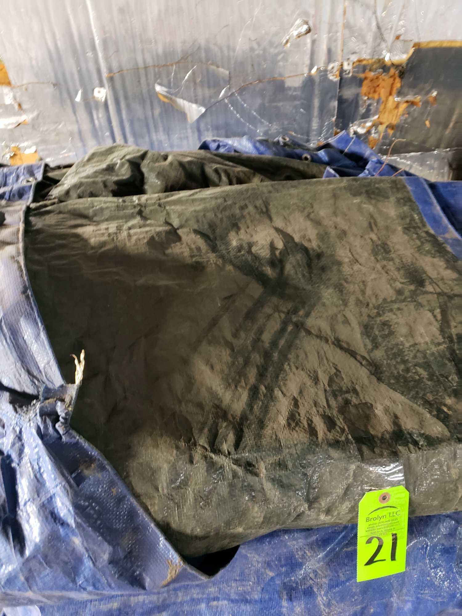 Lot 21 - Pallet of assorted tarps