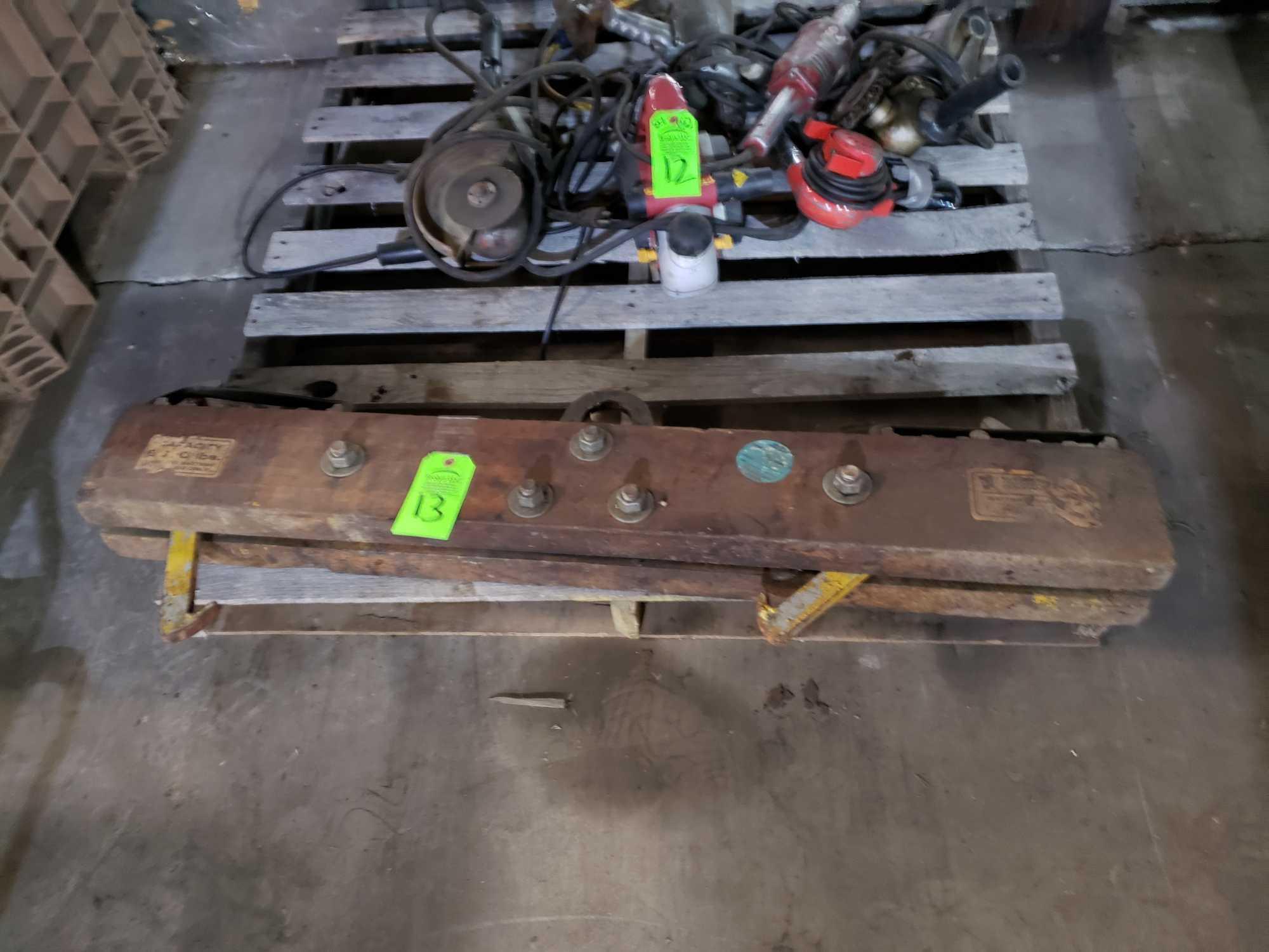 Lot 13 - Material Transport Company forklift battery handler. 6000lb capacity