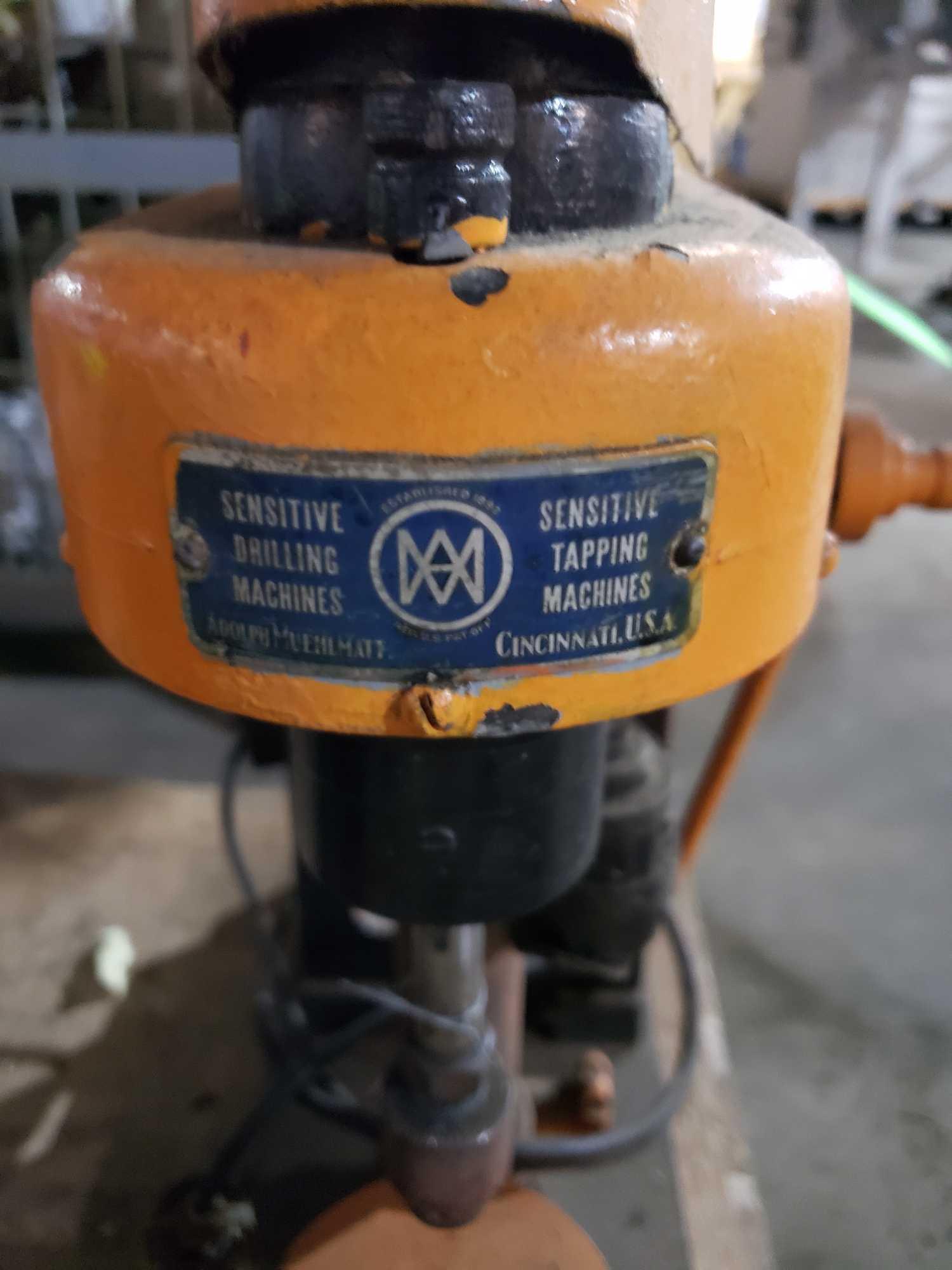 Lot 32 - Sensitive drilling machines precision drill / tapping machine. 110/115v