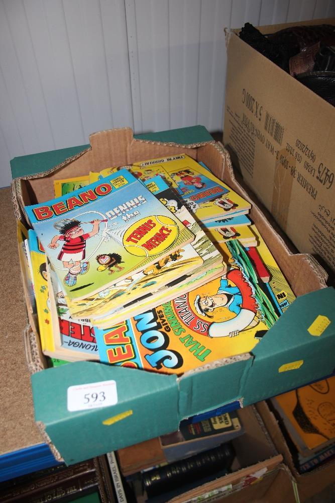 Lot 593 - A box of various Beano comics