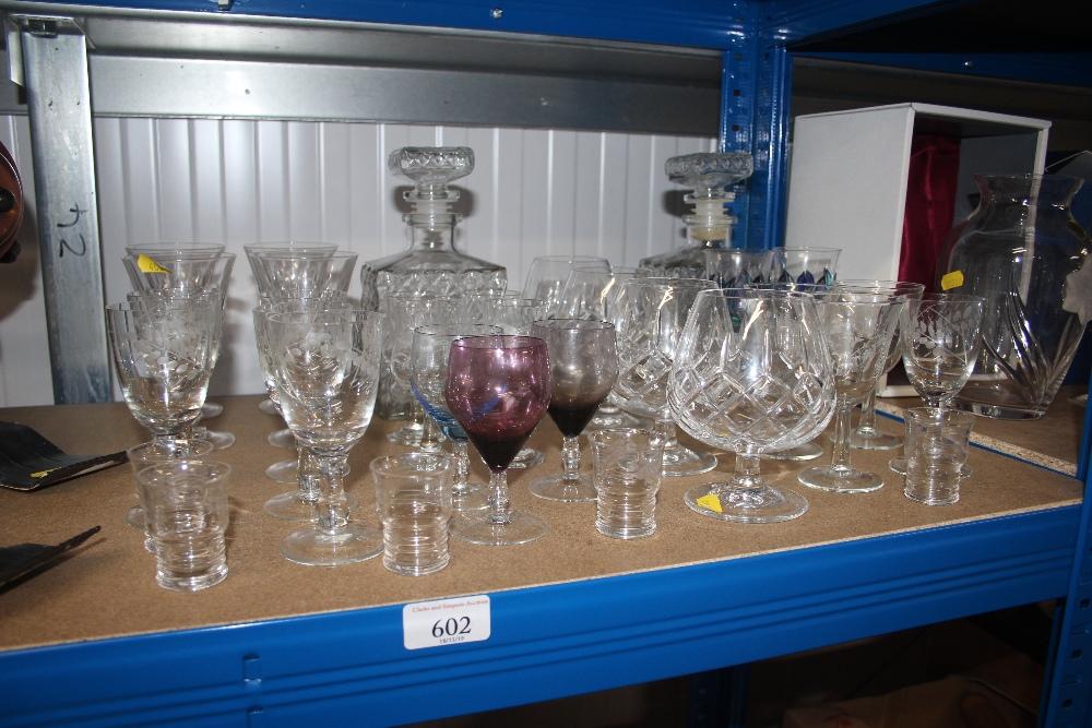 Lot 602 - A quantity of glassware
