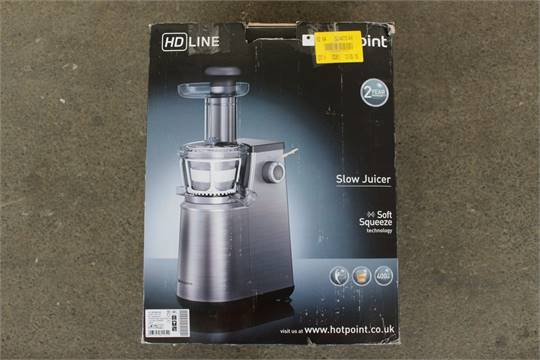 1xBOXED HOTPOINT HDLINE SOFT SQUEEZE SLOW JUICER (3.6.15) *PLEASE NOTE THAT THE BID PRICE IS M