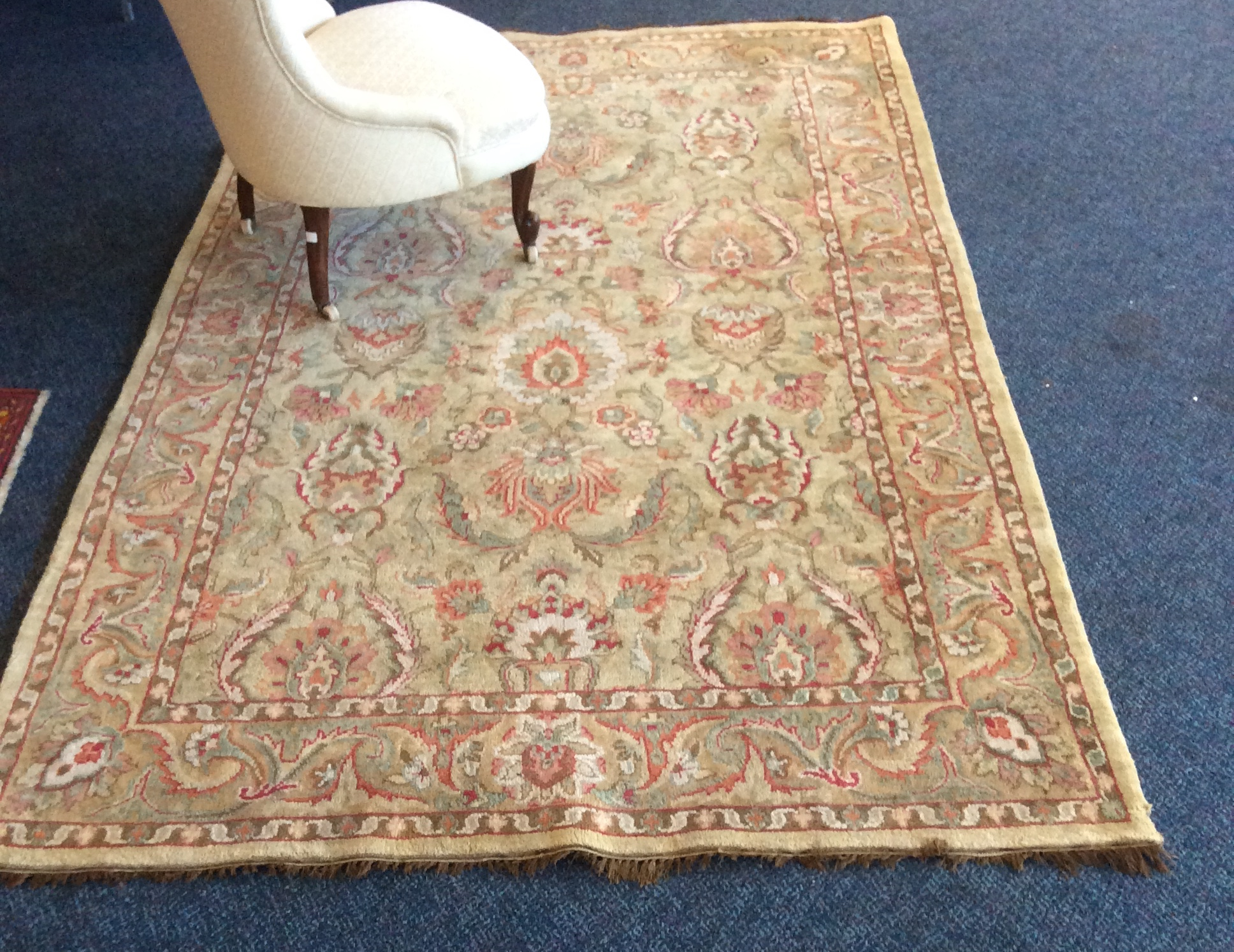 Lot 419 - Oriental wool carpet 2.46 x 1.52 mtrs