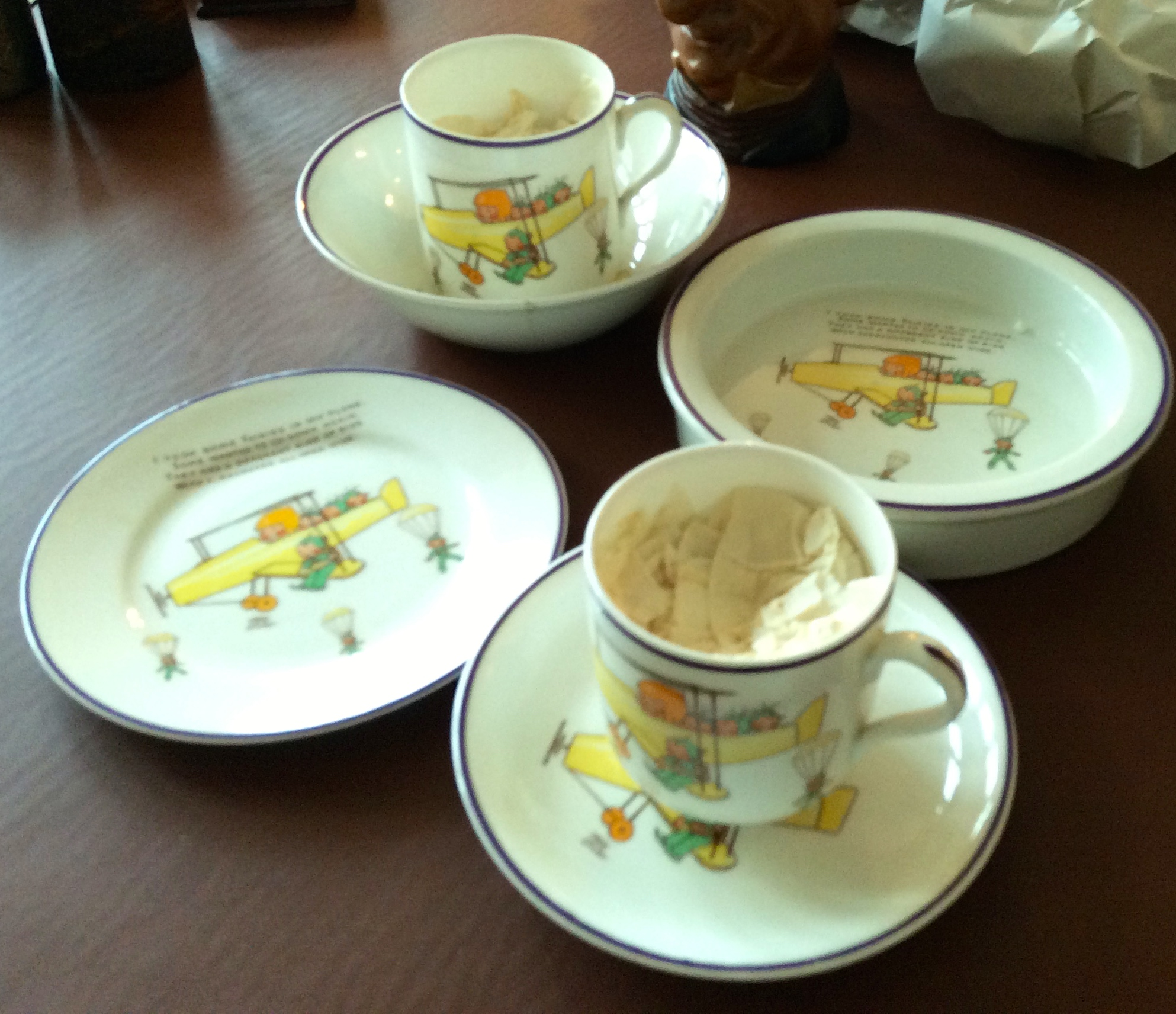 """Lot 25 - Six pcs. Mable Lucy Atwell Shelley childs pottery """"Fairies on a plane"""" 1 a/f"""