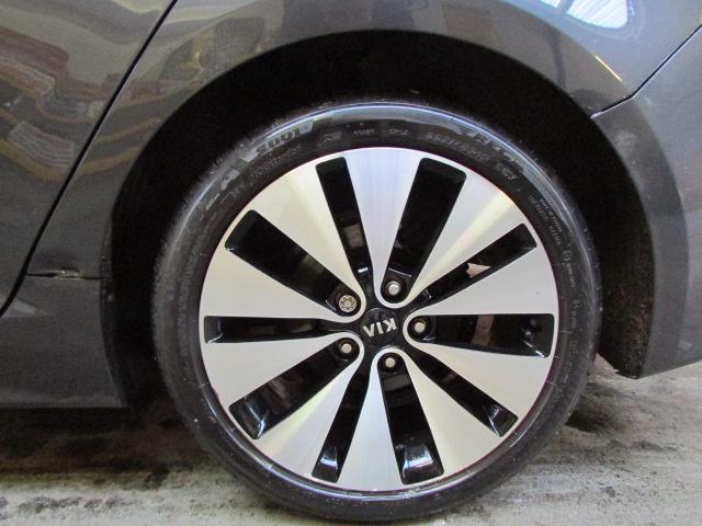 12 12 Kia Optima 2 Luxe CRDI - Image 3 of 23