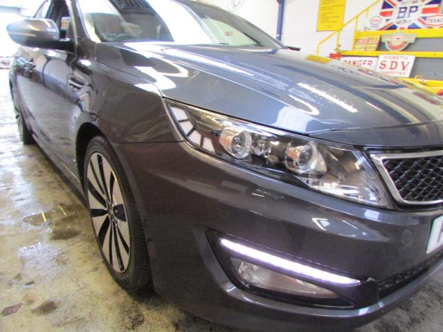 12 12 Kia Optima 2 Luxe CRDI - Image 10 of 23