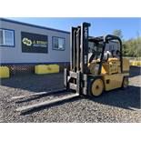 Caterpillar T150D Forklift
