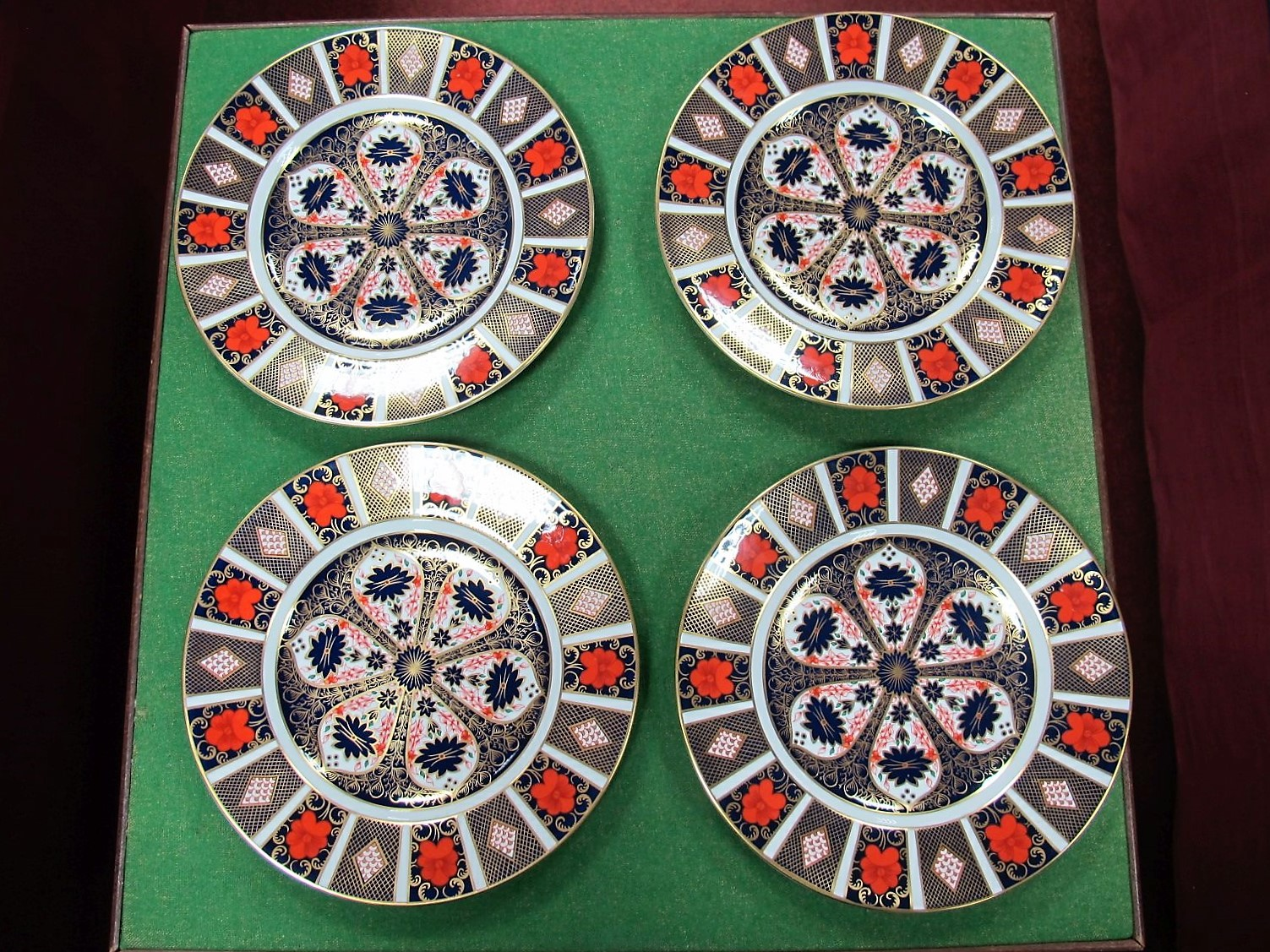 Lot 39 - Four Royal Crown Derby Imari Pattern Cabinet Plates, date code for 1983, all 1128 2nd quality,