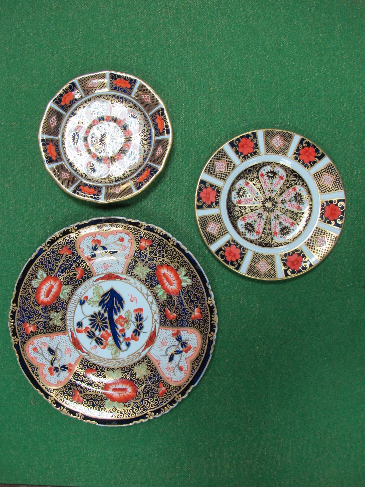 Lot 47 - A Royal Crown Derby 1128 Side Plate, 16cm diameter, (2nd quality), similar saucer and earlier