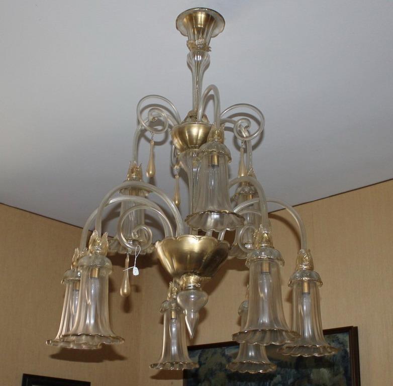 Lot 5 - Lampadario in vetro di Murano anni '50 a nove luci, con screziature in oro zecchino, attribuibile