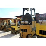 FURNACE TENDER FORKLIFT, YALE 8,000 LB. CAP. LPG, MDL. GLC120VXNGSF085, new 2000, w/extended cab
