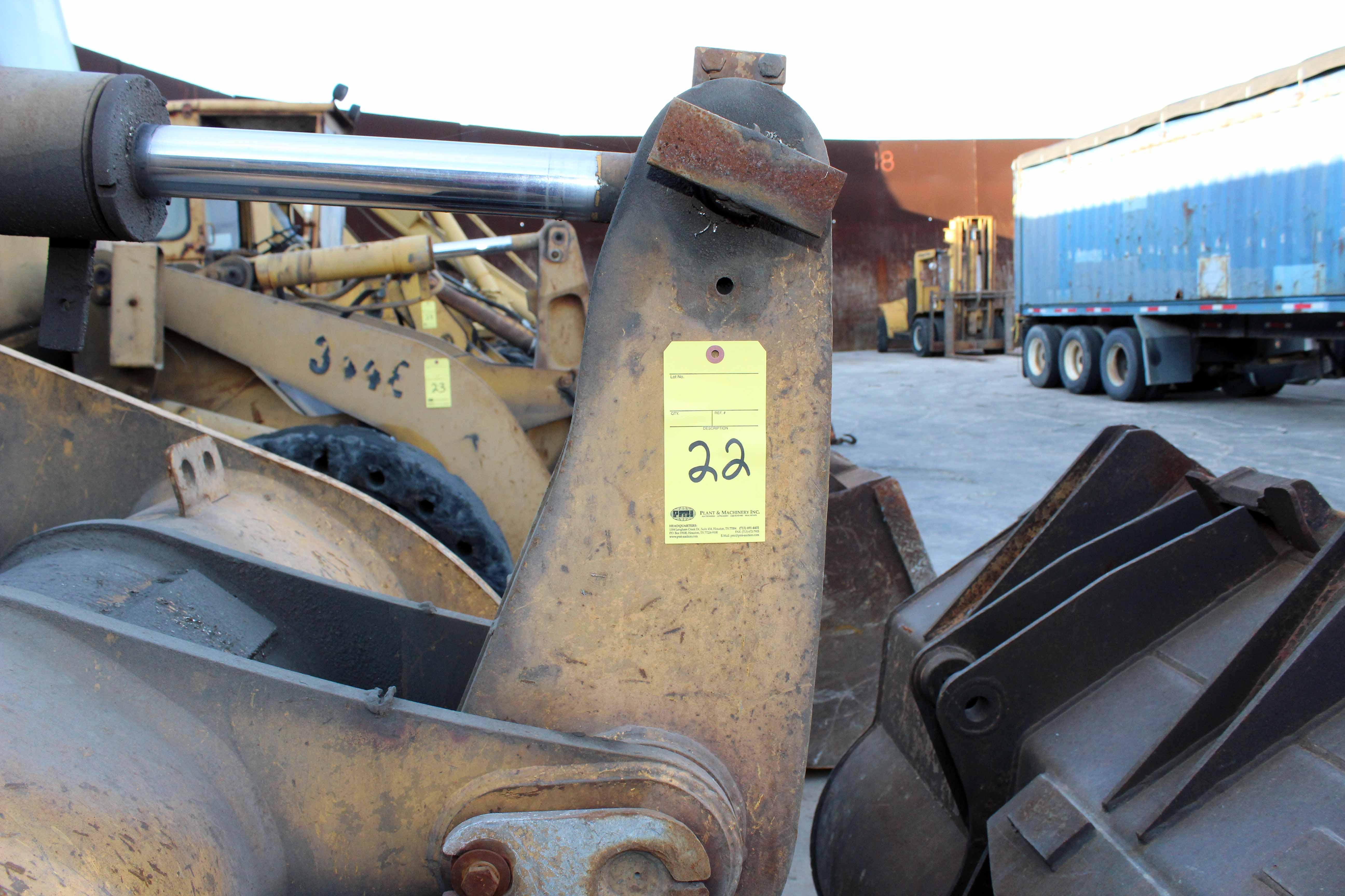 Lot 22 - ARTICULATED FRONT END LOADER, JOHN DEERE MDL. 444G, S/N 444GX002443
