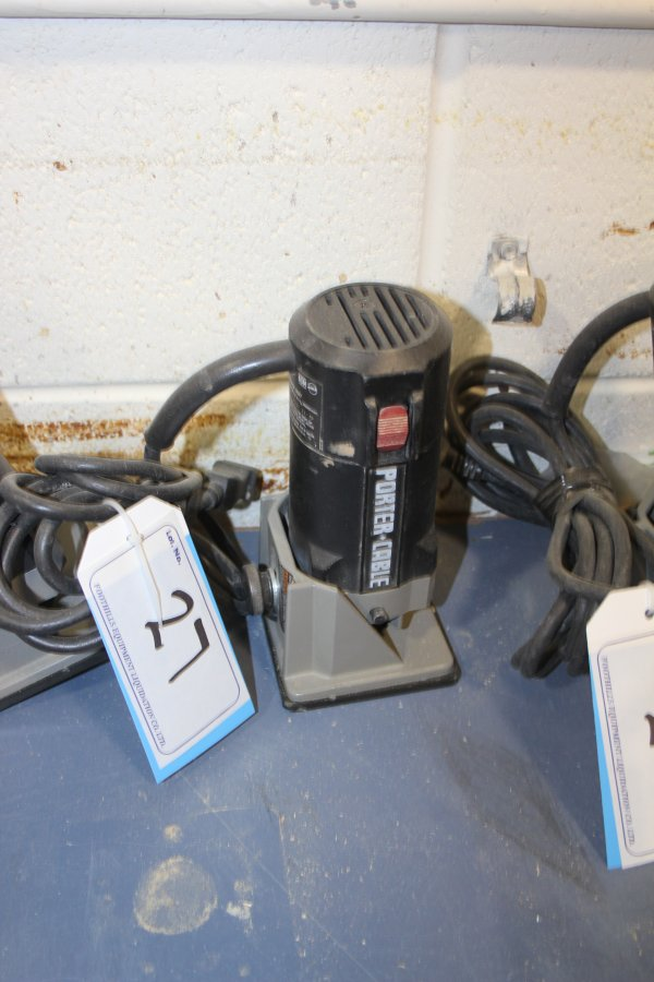 Lot 27 - PORTERCABLE TRIMMER