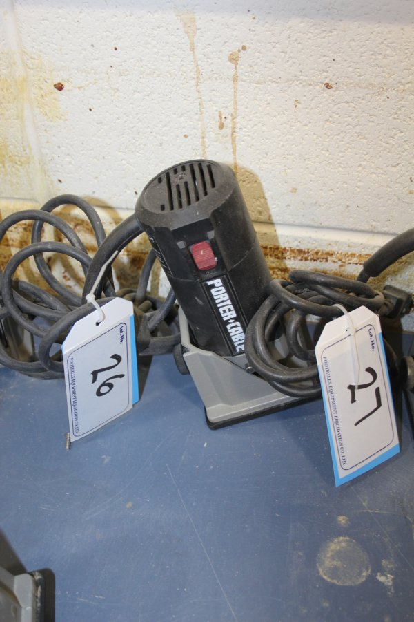 Lot 26 - PORTERCABLE TRIMMER