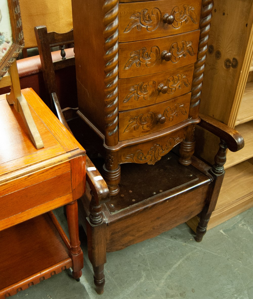 Lot 25 - AN OAK OPEN ARMCHAIR WITH PADDED SEAT AND BACK, A COMMODE ARMCHAIR AND A DINING CHAIR (3)