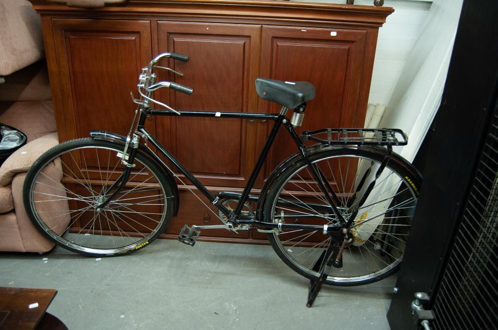 Lot 161 - AN AVON BICYCLE
