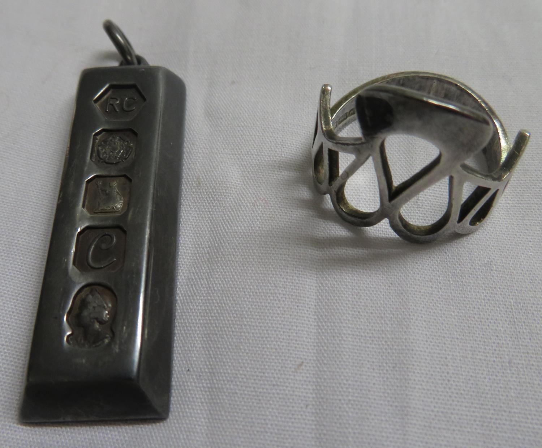 Lot 8 - Silver bullion bar and silver ring