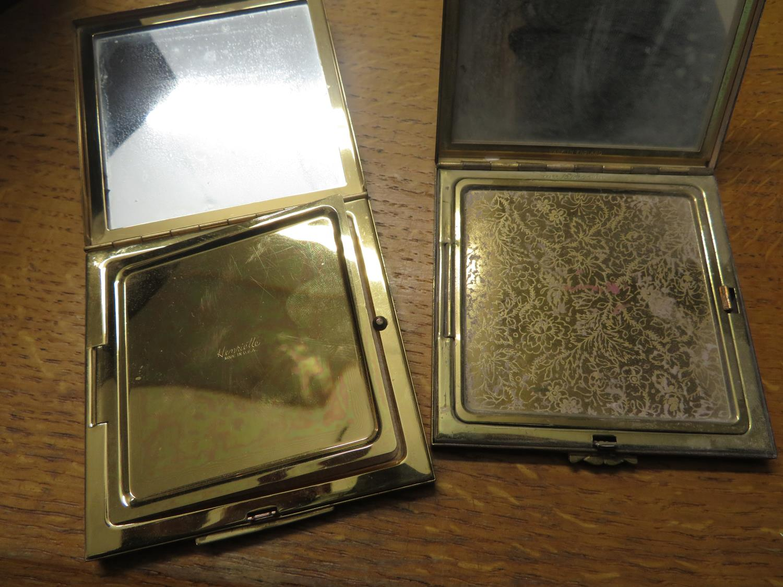 Lot 30 - Box of compacts, vestas and cigarette cases