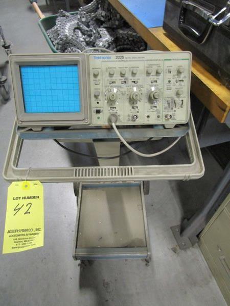 Tektronics 2225 Oscilloscope with Cart