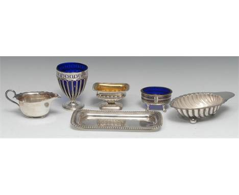 A George III Old Sheffield plate urnular sugar basket, pierced and bright-cut engraved above a deep band of wirework arches,
