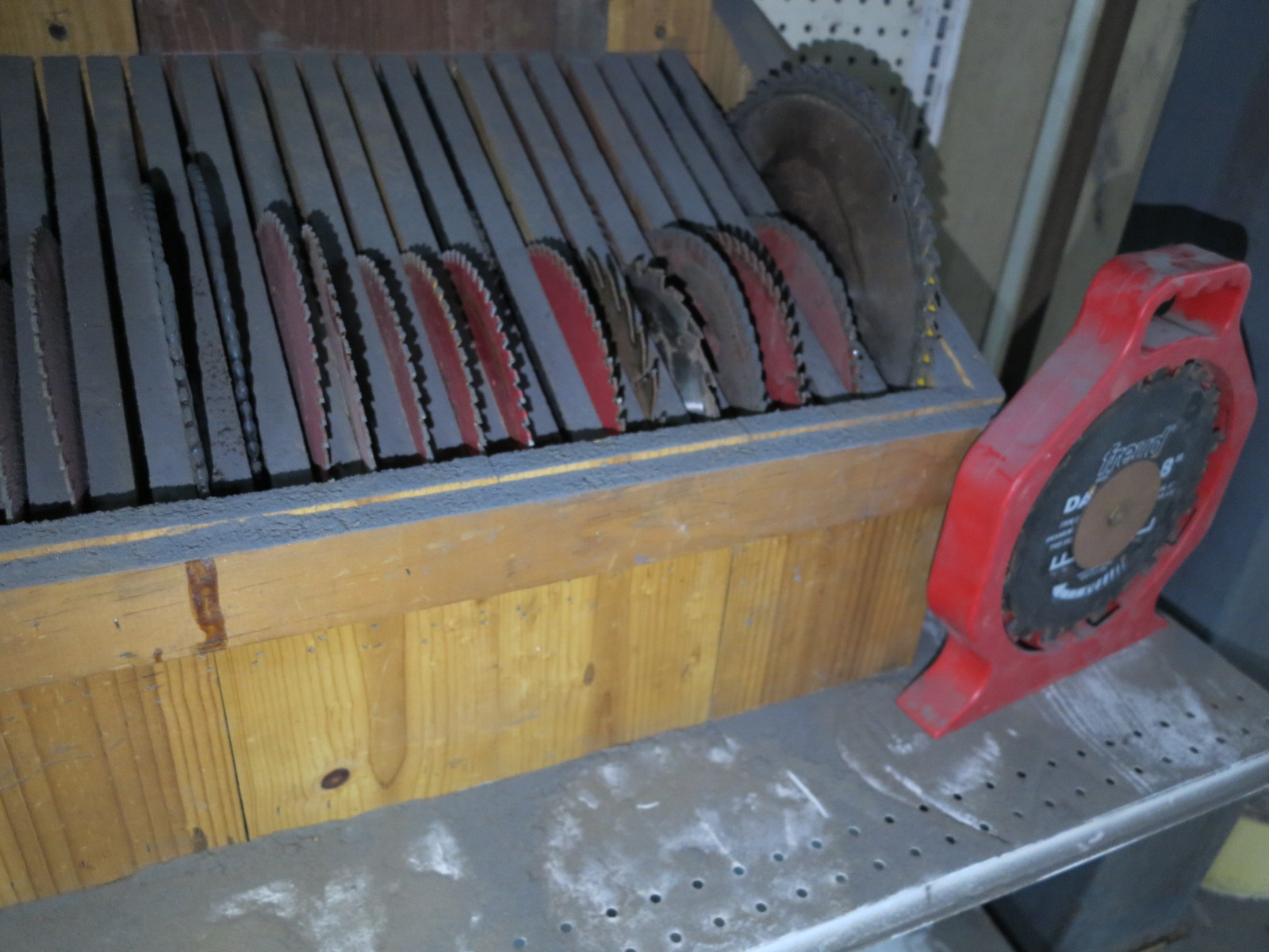 LOT - MISC CIRCULAR SAW BLADES, APPROXIMATELY (30) PIECES - Image 3 of 3