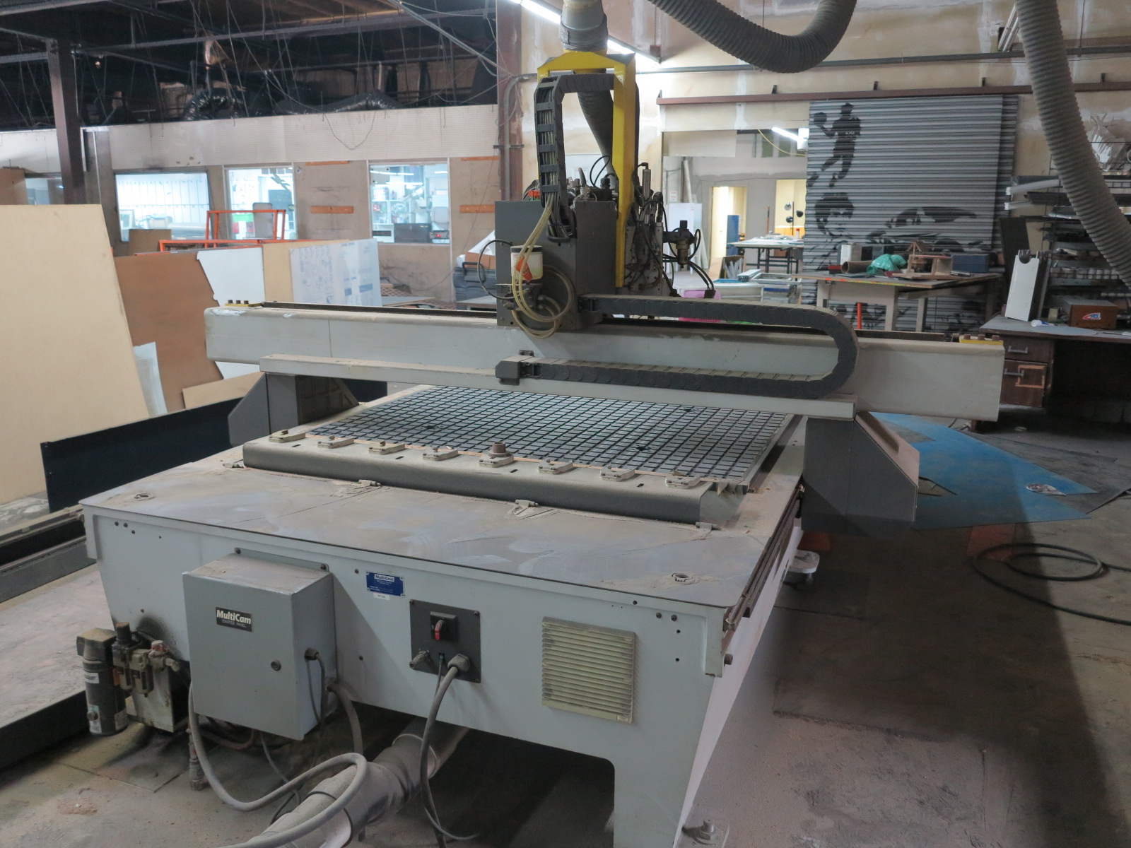 "2011 MULTICAM 3000 SERIES CNC ROUTER, 60""X122"", POSITION RACK TYPE TOOL CHANGER, S/N 3-204-R-PF08407 - Image 4 of 6"