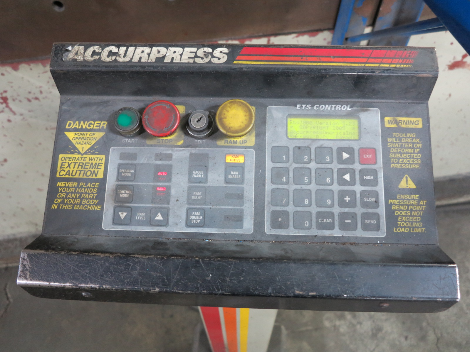 1999 ACCURPRESS BRAKE, MODEL 7017512, 175-TON X 12', E&S CONTROL, CNC BACKGAUGE, SUPPORTS, S/N 5758 - Image 4 of 7