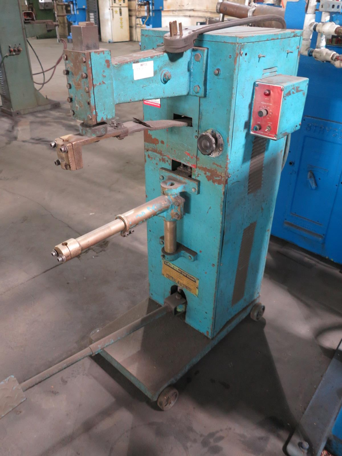 "CENTRAL MACHINERY SPOT WELDER, 25 KVA X 16"", DATA PLATE UNREADABLE - Image 2 of 2"