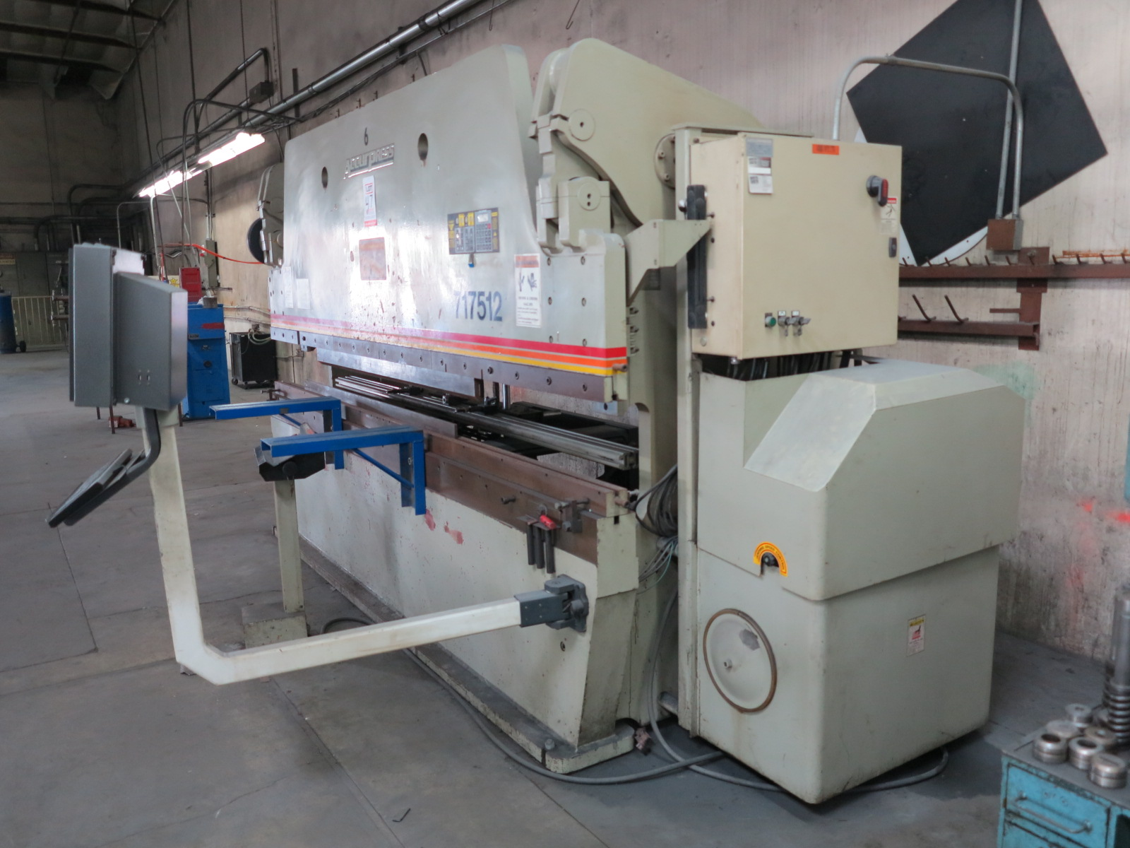 1999 ACCURPRESS BRAKE, MODEL 7017512, 175-TON X 12', E&S CONTROL, CNC BACKGAUGE, SUPPORTS, S/N 5758 - Image 7 of 7