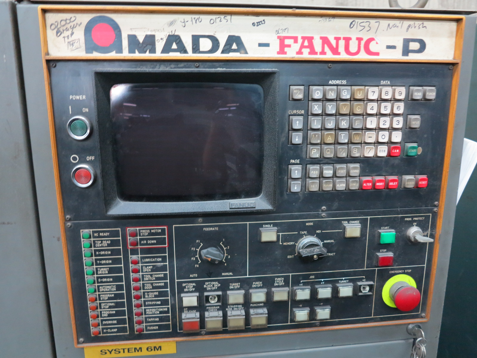 1983 AMADA PEGA 344 QUEEN TURRET PUNCH, 30-TON, 56-STATION TURRET, THICK TURRET, S/N AH440115 - Image 5 of 5