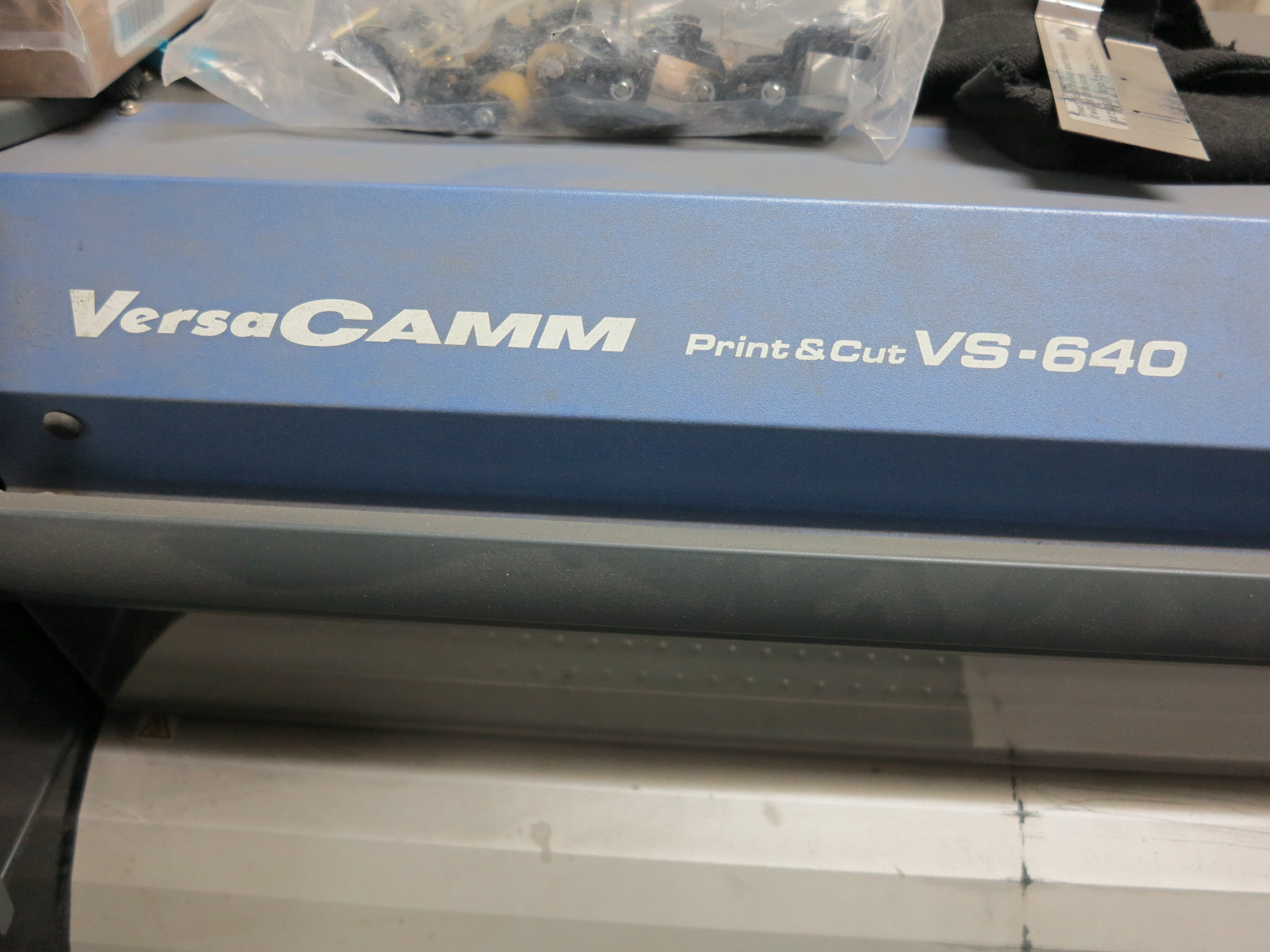 "ROLAND VERSA CAMM PRINT & CUT VS-640 64"" METALLIC INKJET PRINTER/CUTTER - Image 2 of 3"