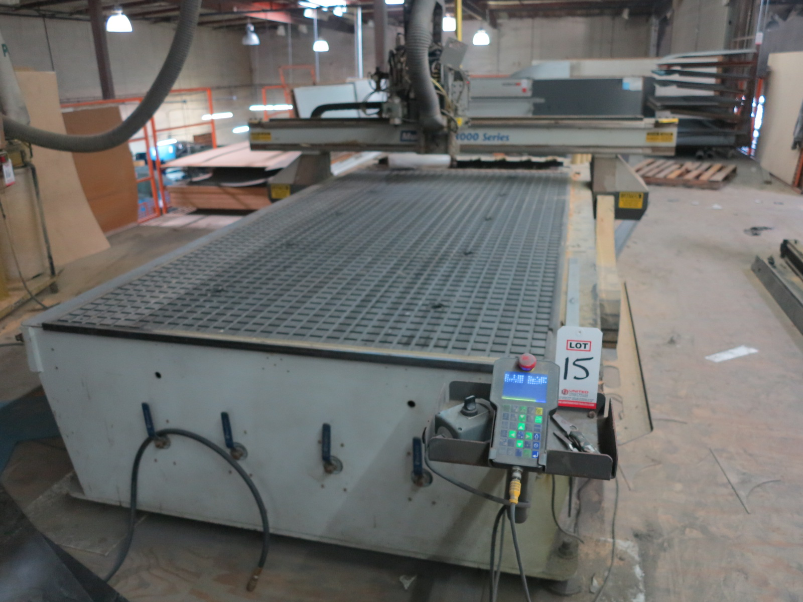 "2011 MULTICAM 3000 SERIES CNC ROUTER, 60""X122"", POSITION RACK TYPE TOOL CHANGER, S/N 3-204-R-PF08407 - Image 2 of 6"