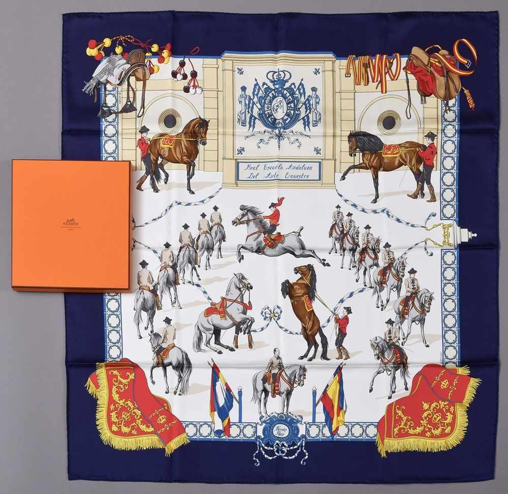 """Lot 8 - Hermès Carree """"Real Escuela Andaluza del Arte Equestre"""", Entw.: Hubert de Watrigant 1996, neuwertig,"""
