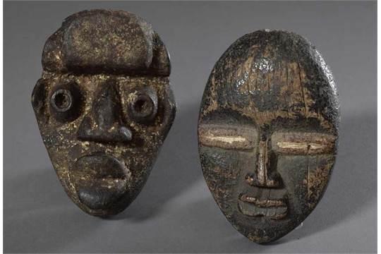 2 Diverse kleine Dan Passport Masken, Abachi Holz