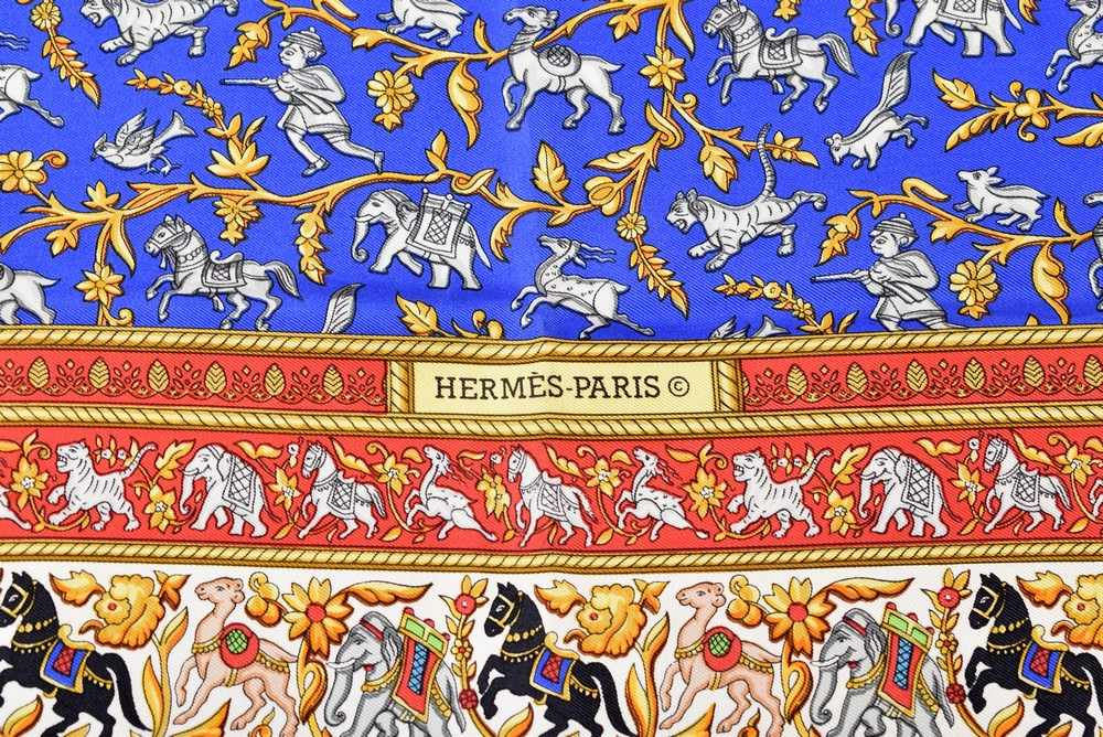 """Lot 6 - Hermès Carrée """"Chasse en Indes"""", Entw.: Michel Duchene 1986, Seide, neuwertig, 90x90cmHermès"""
