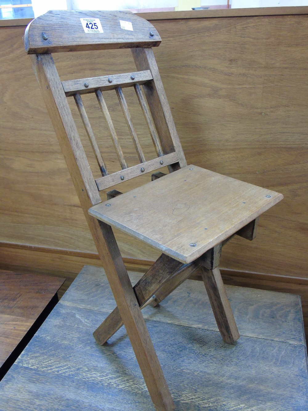 CUTE VINTAGE CHILDS FOLDING CHAIR