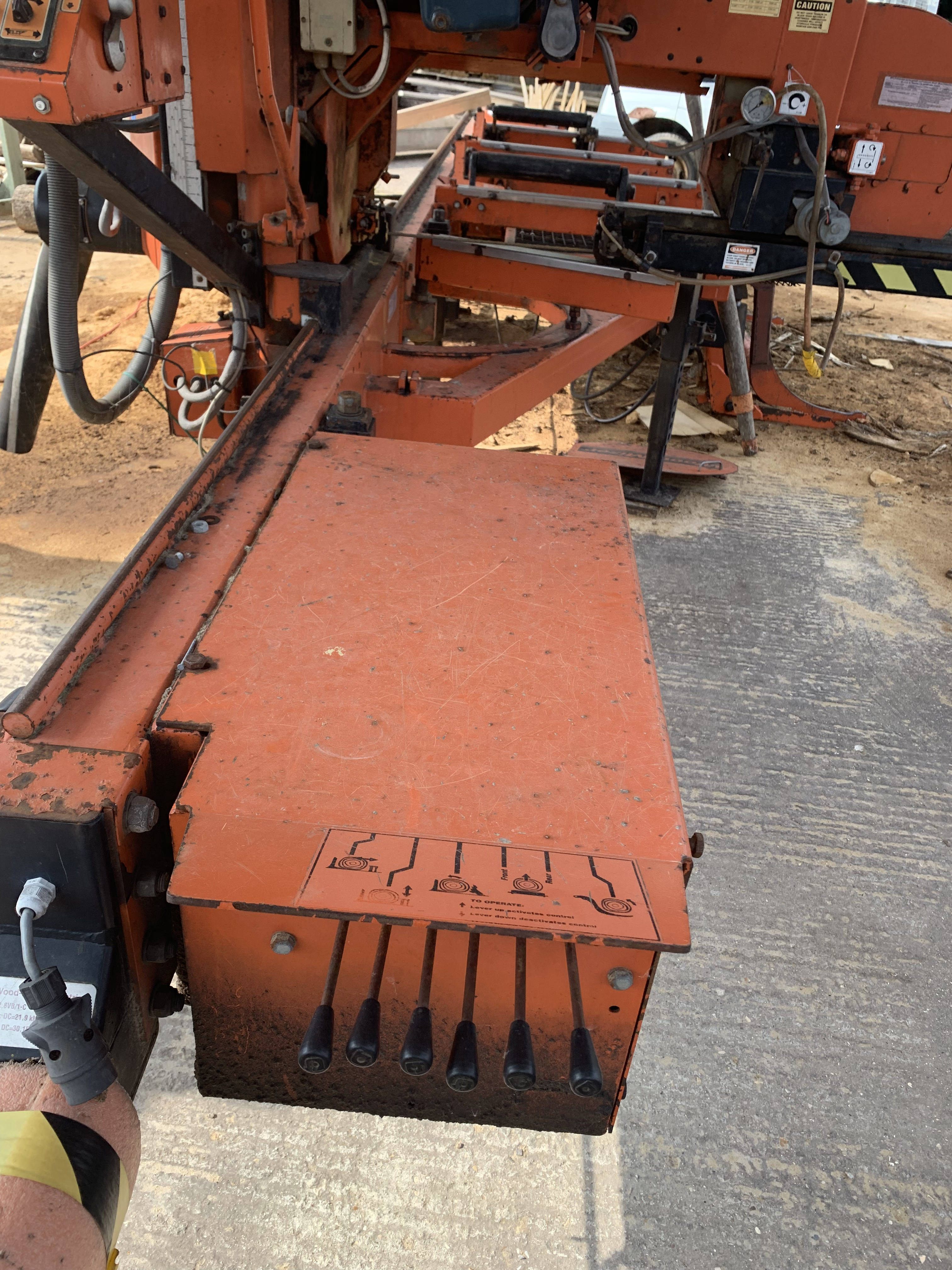 Lot 179 - Wood-Mizer LT40MD335DH PORTABLE SAW MILL, serial no 456c42417EPHE1464 (27/08/07), 2378 hours, SW-
