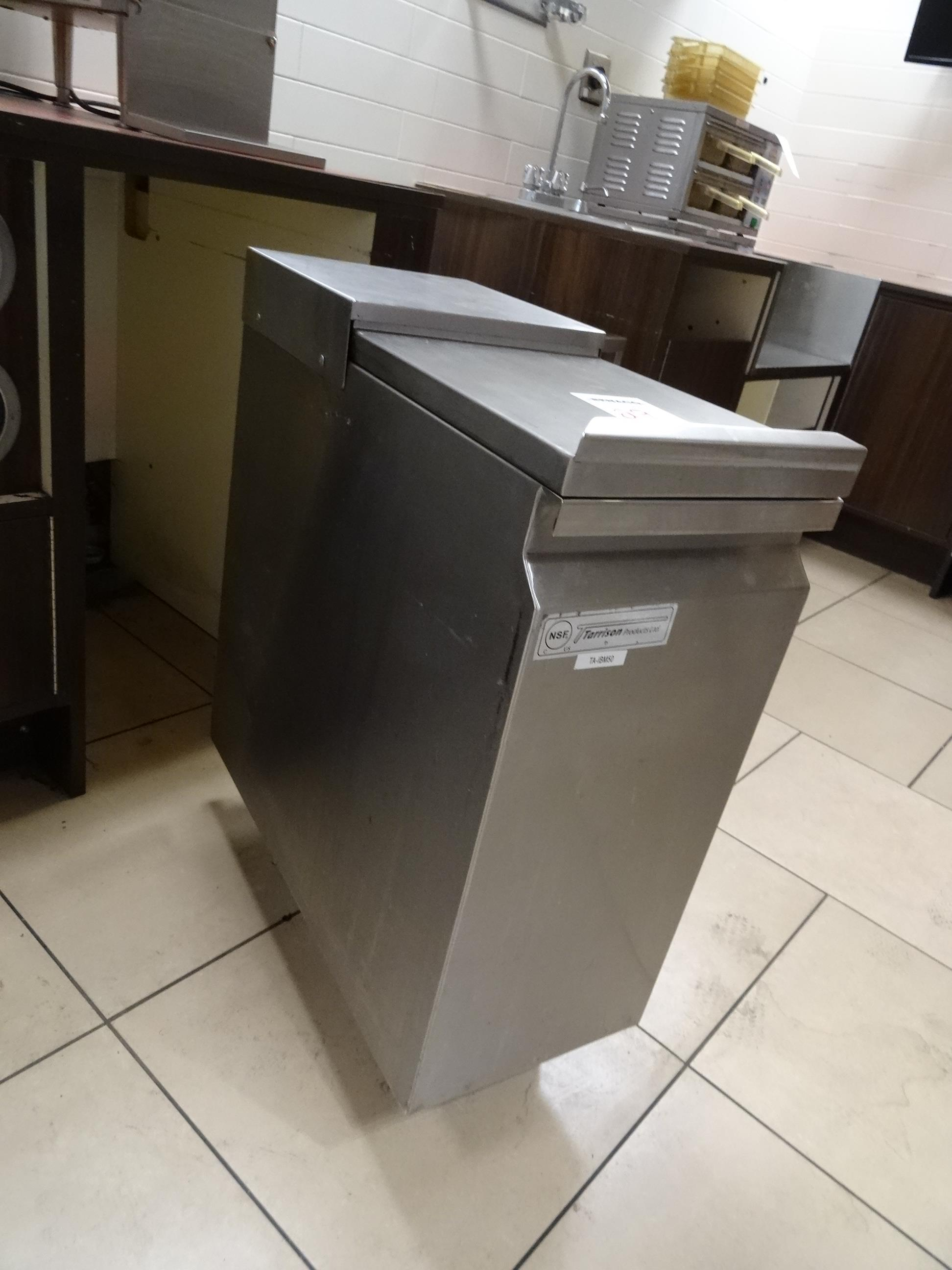 Lot 29 - 1X, S/S PORTABLE ICE BIN