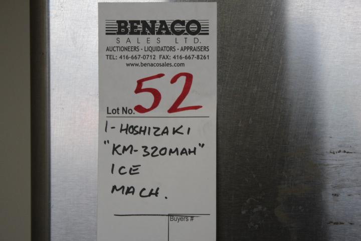 Lot 52 - 1X, HOSHIZAKI KM-320MAH 310LB ICE MACHINE W/BIN