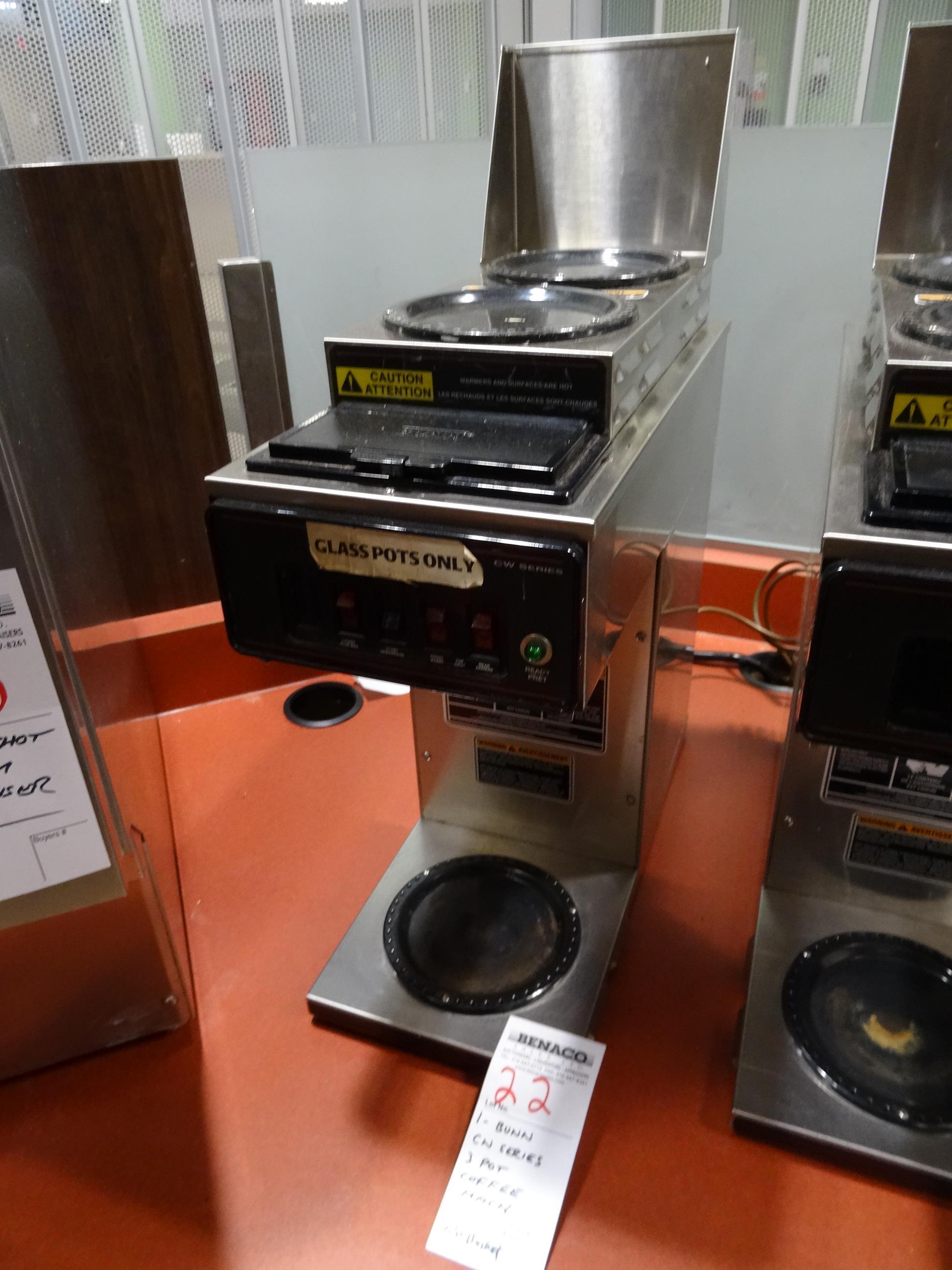 Lot 22 - 1X, BUNN CW SERIES, 3 POT COFFEE MACHINE (NO BASKET)