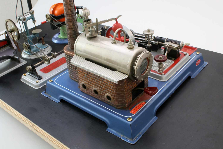 Dampfmaschine Wilesco mit ZubehörDampfmaschine, Transmissionsantrieb, Säge, Betonmischer, - Bild 4 aus 4