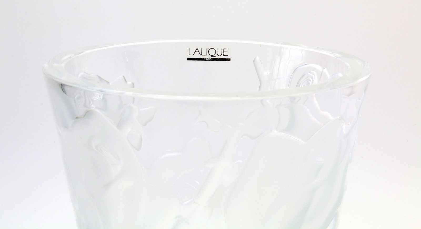 """Kristallvase """"Roses"""" - Lalique - ParisFarbloses Kristallglas, reliefiertes Rosendekor, die Rosen - Bild 2 aus 2"""