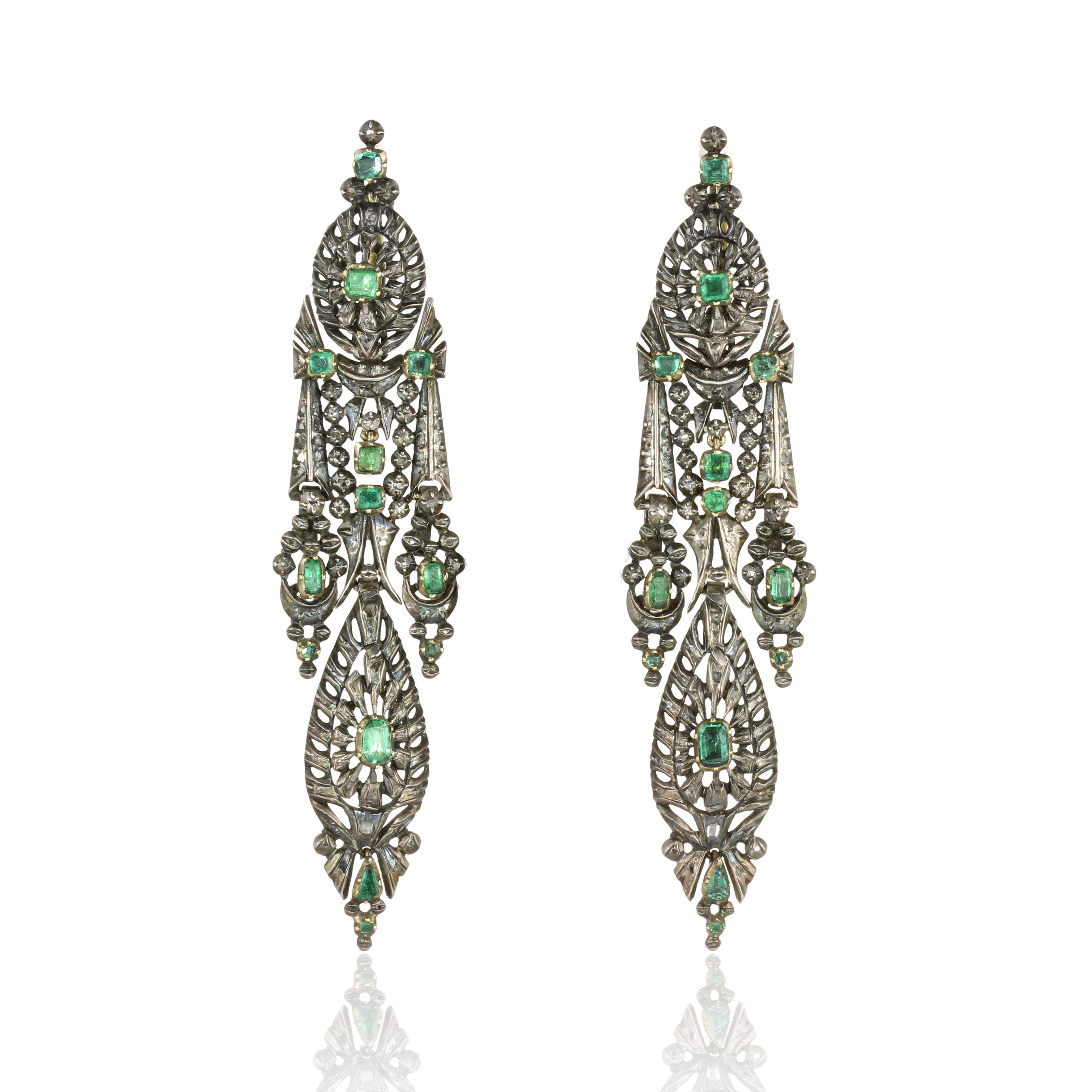A PAIR OF ANTIQUE EMERALD AND DIAMOND EARRINGS, SPANISH CIRCA 1780 in silver, the articulated bodies