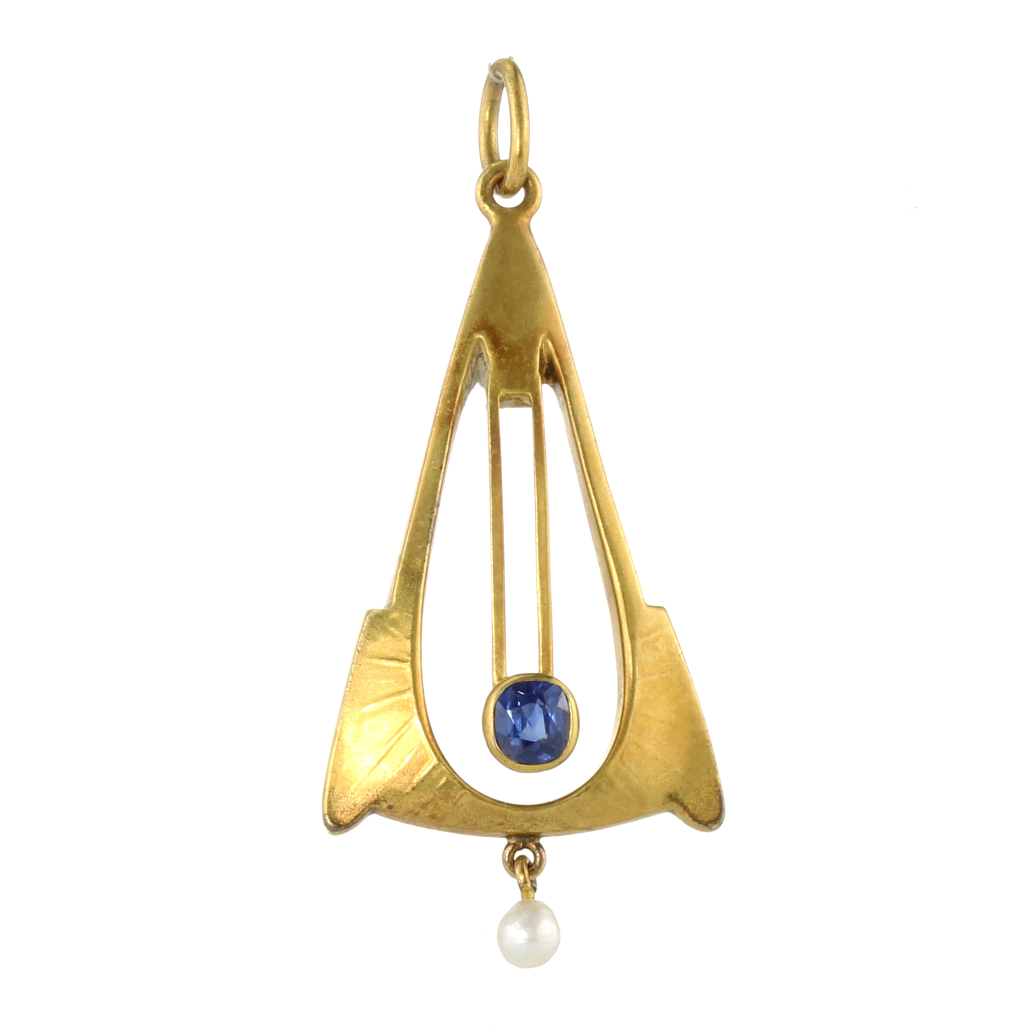 AN ANTIQUE ART NOUVEAU SAPPHIRE AND PEARL PENDANT in 14ct yellow gold set with a central cushion cut