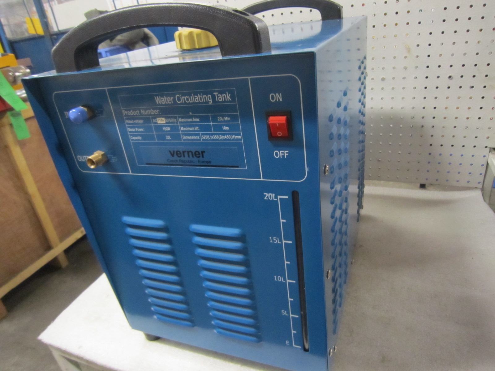 Lot 61 - Verner Water Circulating Tig Welding Water Cooler - 20 Litre Capacity Brand new - 115V Single Phase