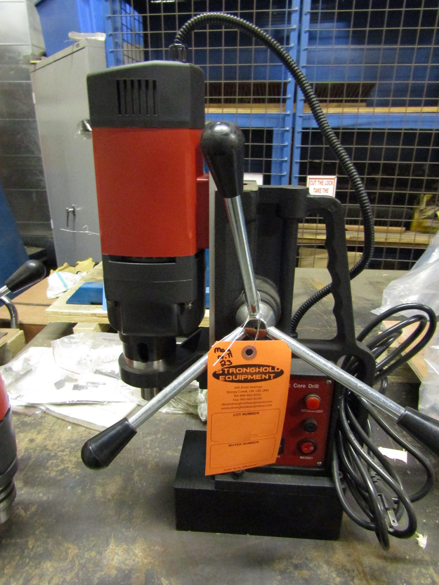 """Lot 59 - Mag Drill with 5/8"""" Chuck - 0.9"""" drilling range - Magnetic CORE DRILL 110V - MINT & UNUSED"""
