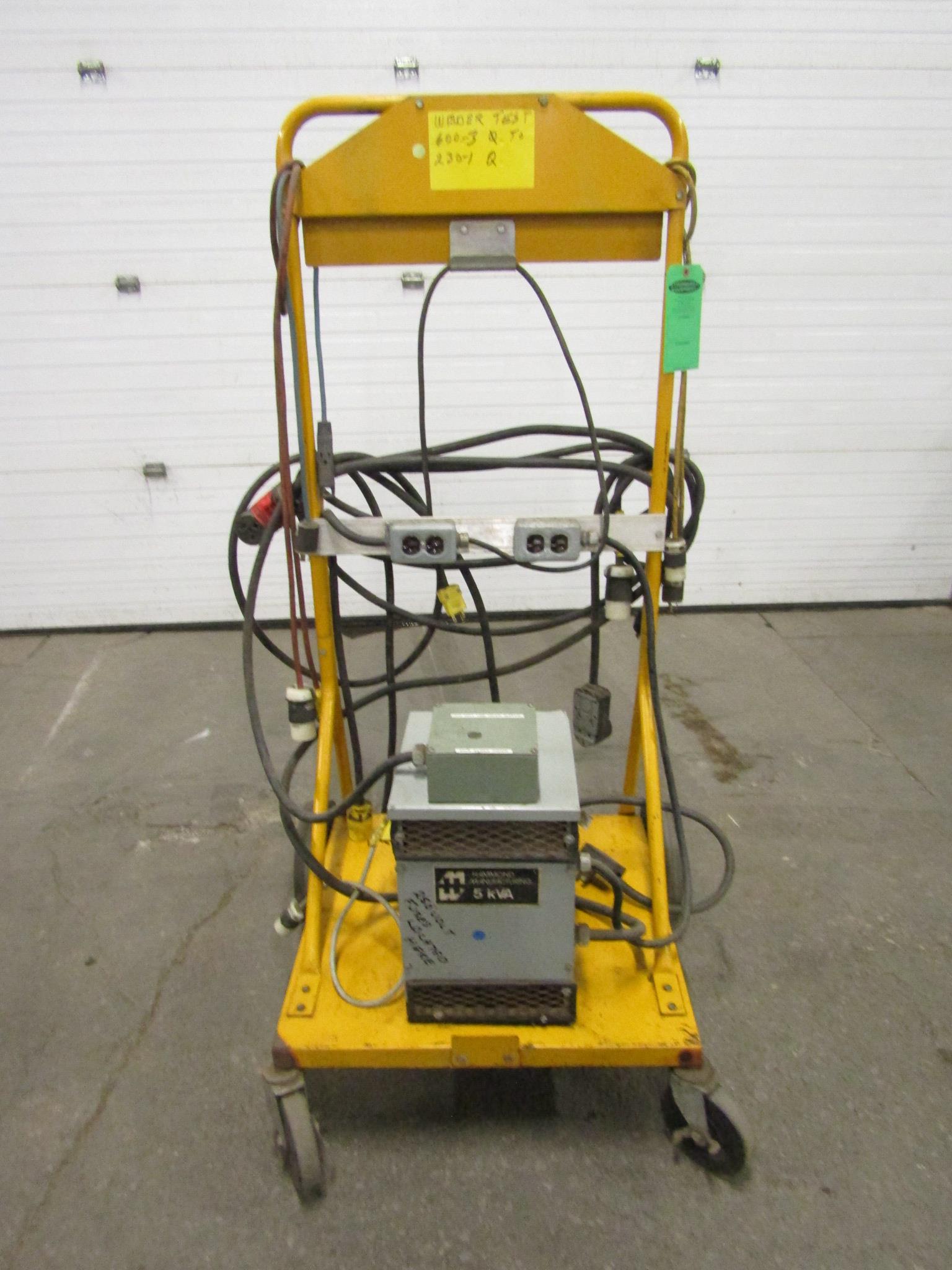 Lot 23 - Voltage Converter with 1 transformer 600 / 230 / 220V / 110V