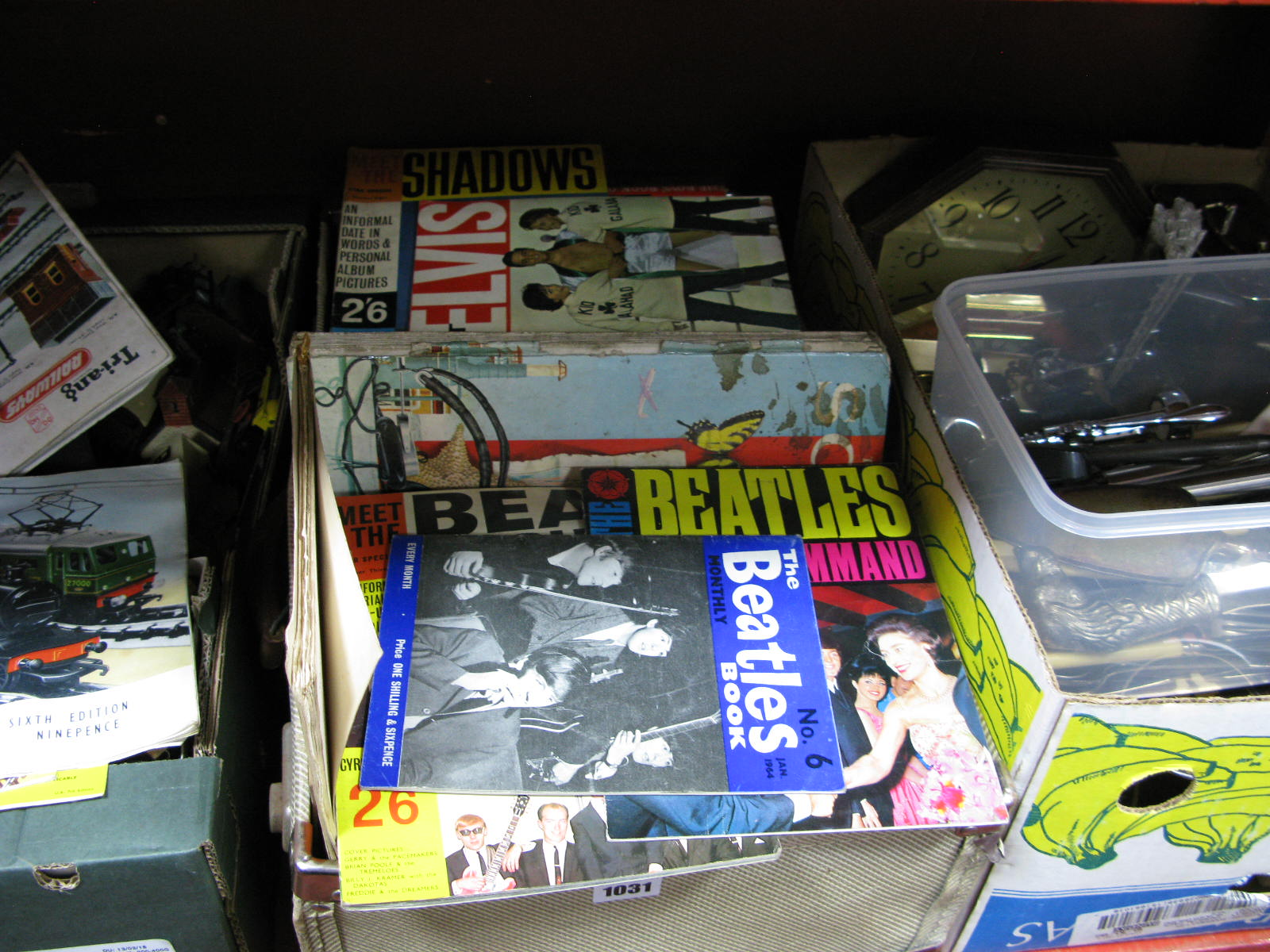 Lot 1031 - A Wagon Train, Beano and other children's annuals, Elvis, beat groups, The Beatles and other