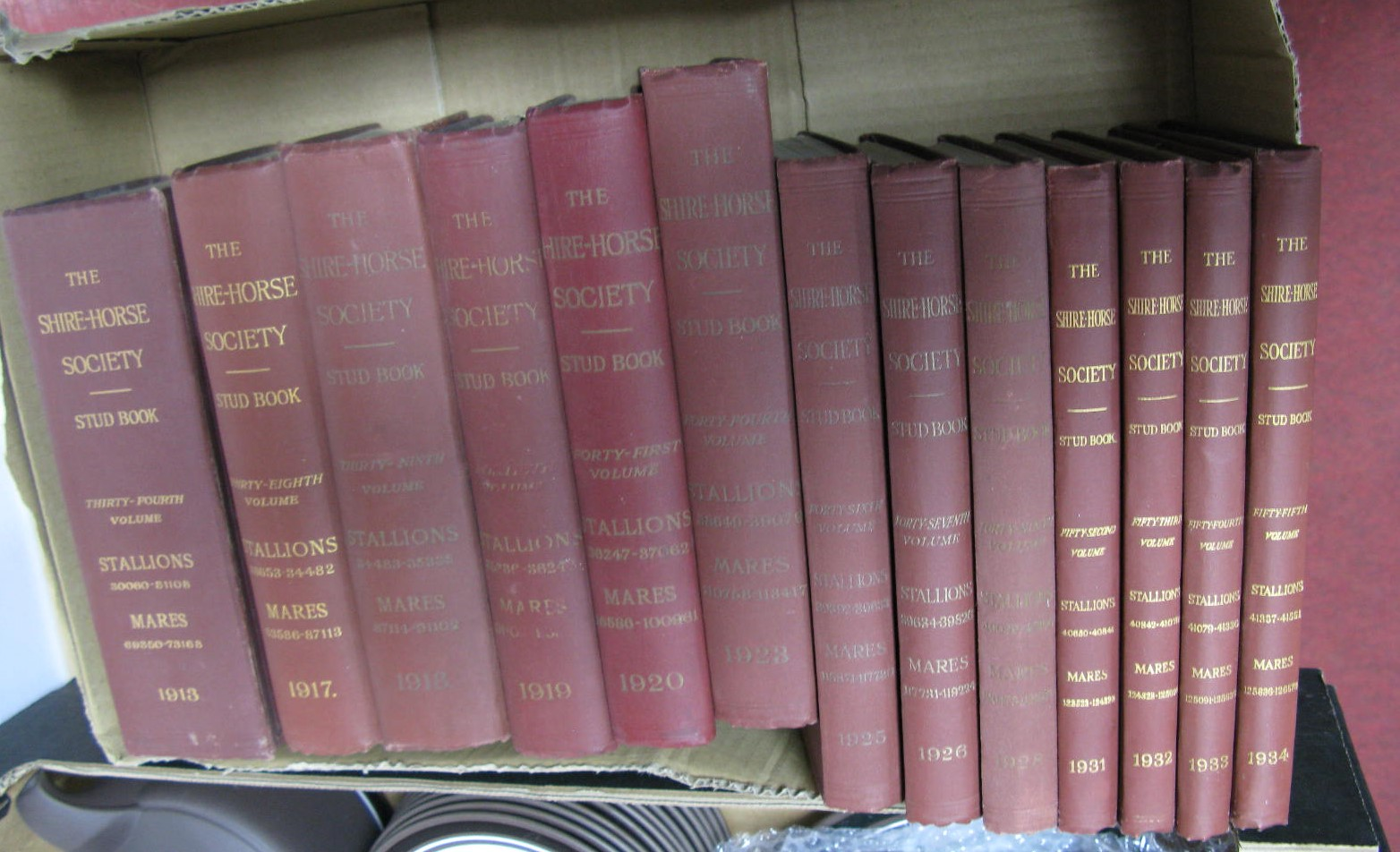 Lot 1021 - The Shire Horse Society Stud Book, 1913, 17, 18, 19, 20/ 23, 25, 26, 28, 31, 32, 33, 34. (13)