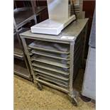 Half Size Aluminum Bakers Rack with Trays